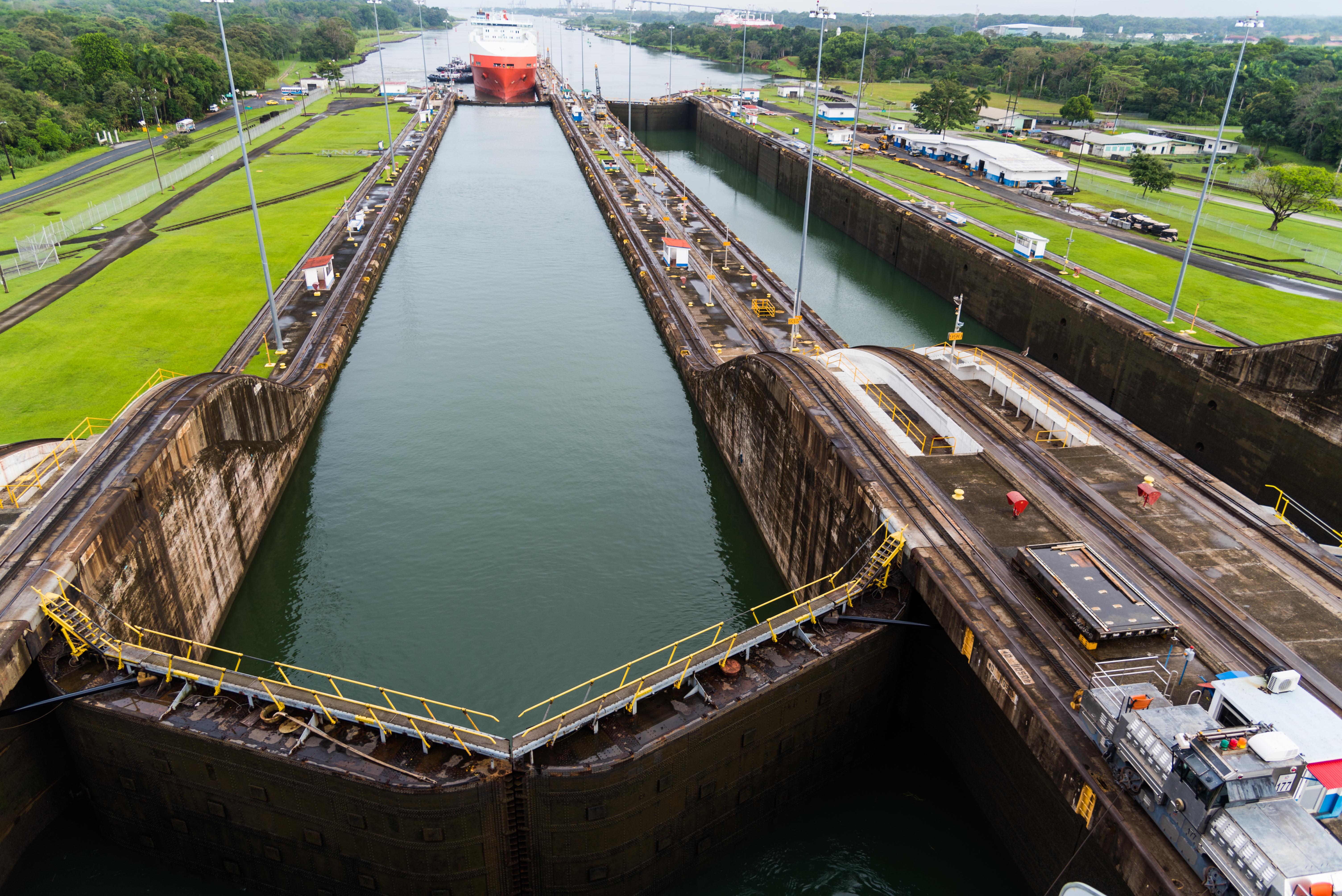 panama canal history